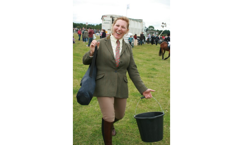 img-5014-happy-equestrian-competitor-bridie-roe