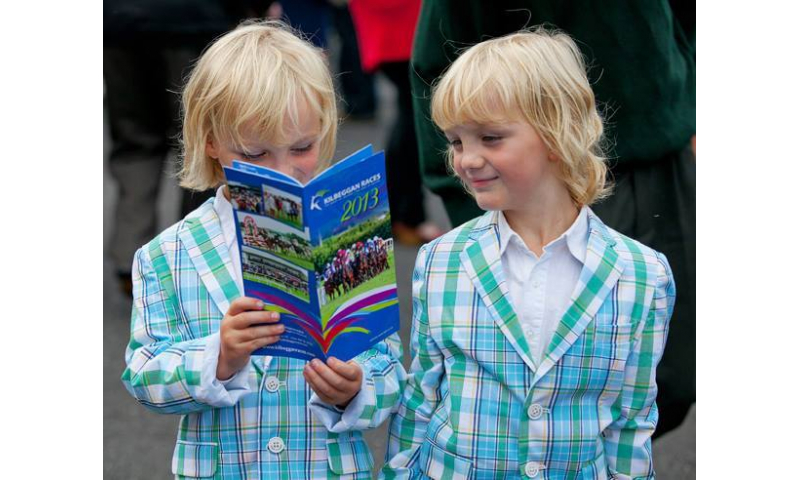 kilbeggan-races-and-tullamore-show-twins-with-programme