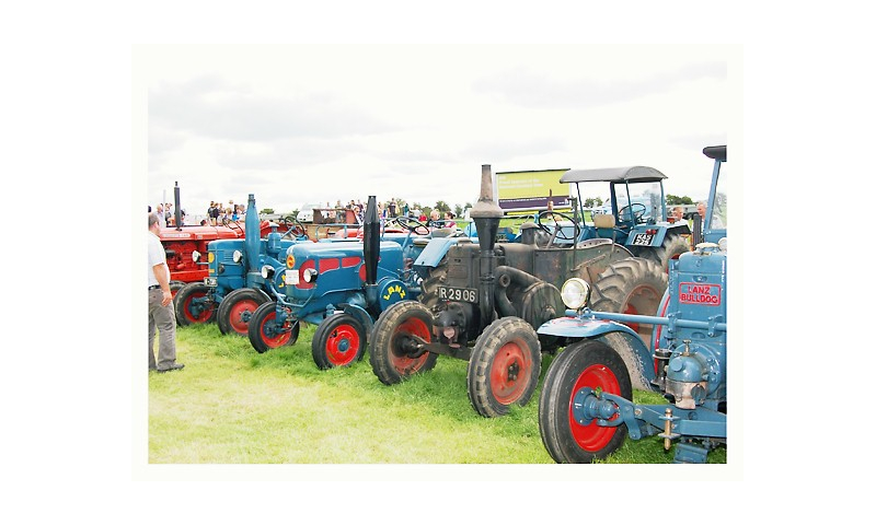 they-were-blue-tractors.at-the-tullamore-show